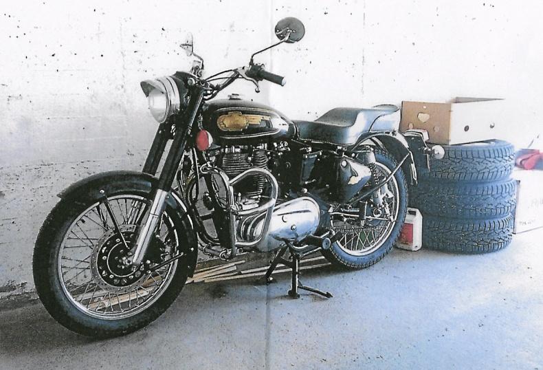 mobile_Royal Enfield 500 cc