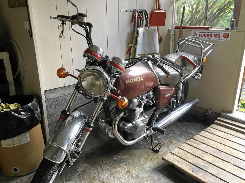mobile_Honda CB twin