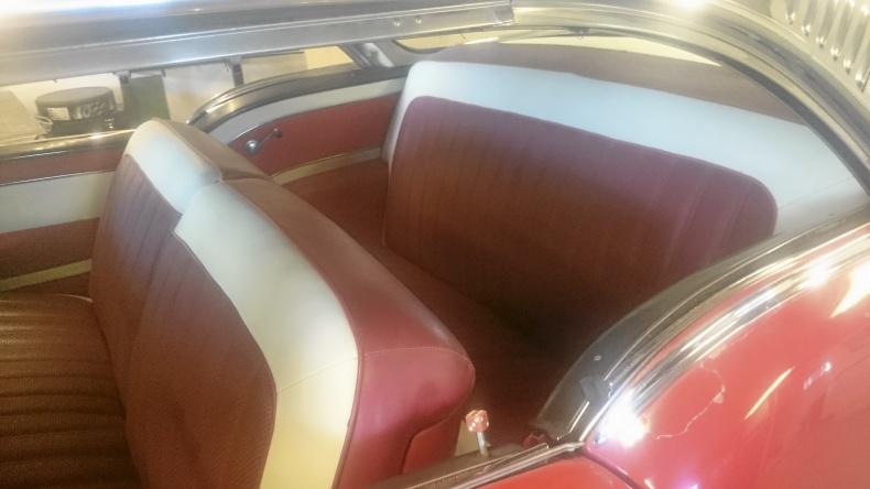 Oldsmobile Super 88 , 2dr HT