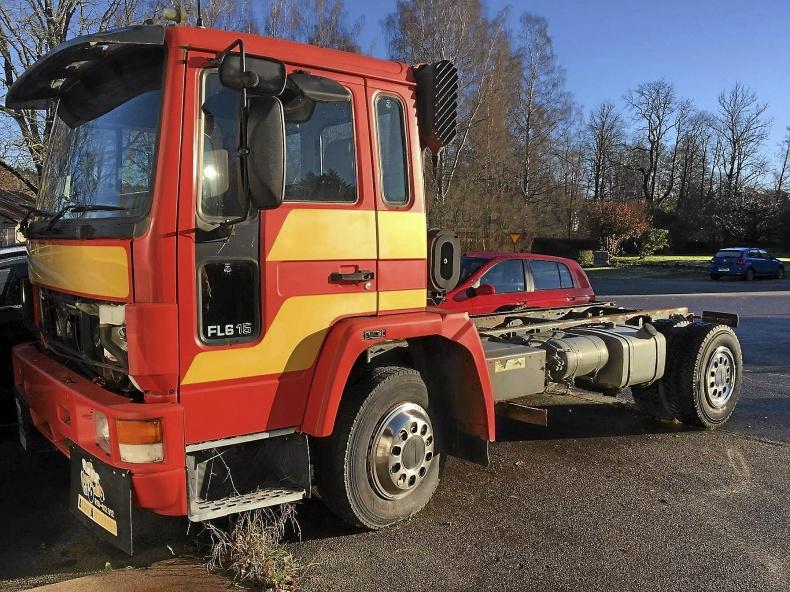 Volvo chassi fl 615