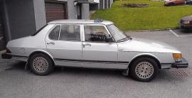 Saab 900 GLE