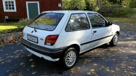 mobile_Ford Fiesta 1,1