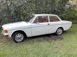 mobile_Volvo 142