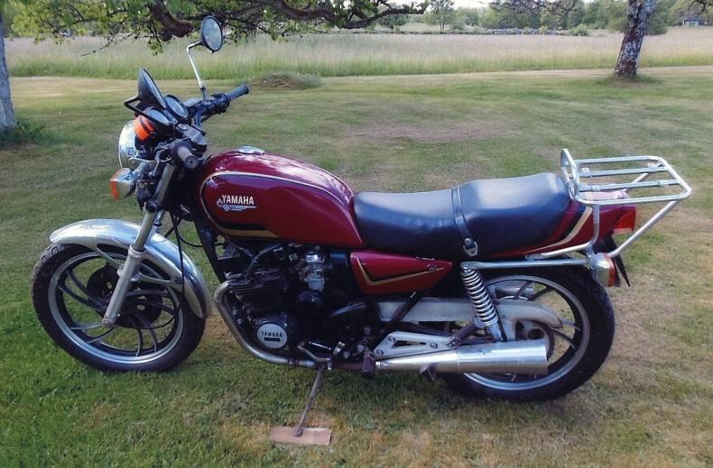 mobile_Yamaha XJ 400