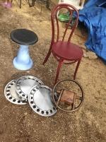 stol o pall i plast rost fria hjulsidor 14