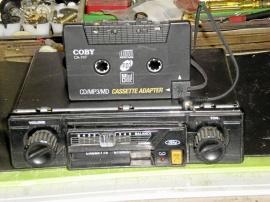 Kassettbandspelare Ford samt adapter
