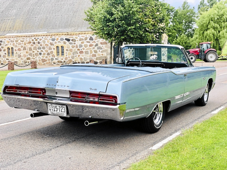 Plymouth Fury III 383/aut - 9500 mil