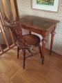 Litet bord med stol