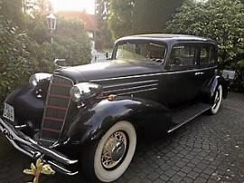 mobile_Cadillac V8 Sedan Fisher Body