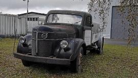 mobile_Gammal Volvolastbil