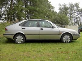 Saab 900s två st renobj.