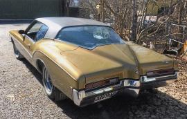 mobile_Buick Riviera Boattail