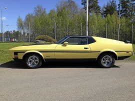 mobile_Ford Mustang Mach 1