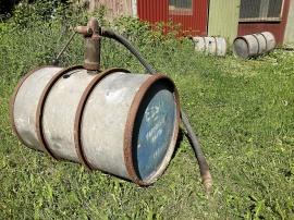 Oljefat med pump