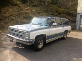 mobile_Chevrolet Suburban 2wd