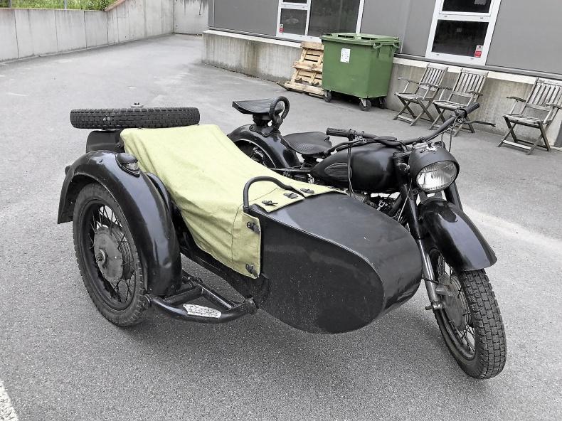 mobile_MC med sidovagn
