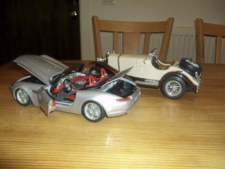 1:18 BMW Z8 och Mercedes SSK