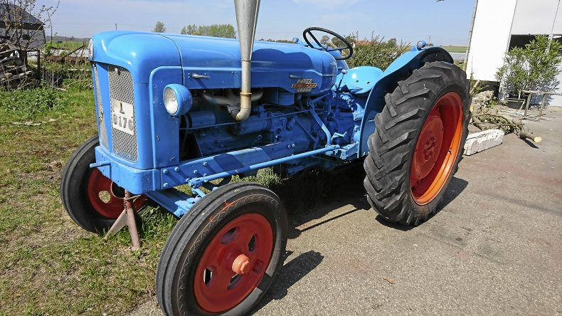 Fordson Major Power -56