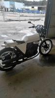 Ombyggd Suzuki Gs 500 E