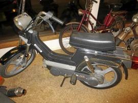 Moped Vespa Piaggio Monte Carlo