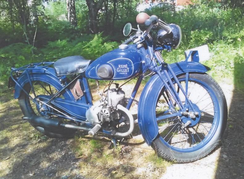 mobile_ RENE GILLET V-1 125 cc