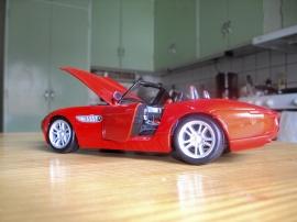 1:24 BMW Z8