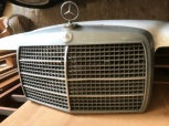 Motorhuv inkl grill till Mercedes-Benz
