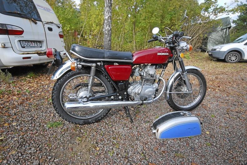mobile_Honda CB 125