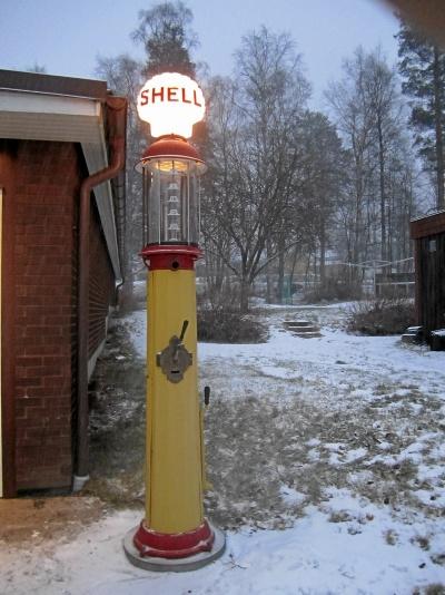 Veteran Bensinpump Shell – Vici