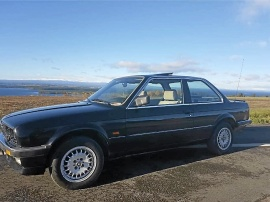 mobile_Mycket fin BMW 318 E30