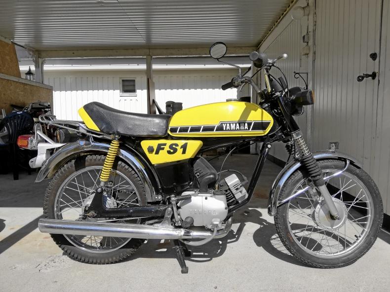 Moped Yamaha FS1