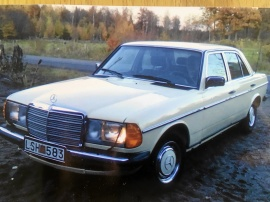 mobile_Mercedes-Benz 200
