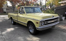 Chevrolet C 10 Custom Pickup