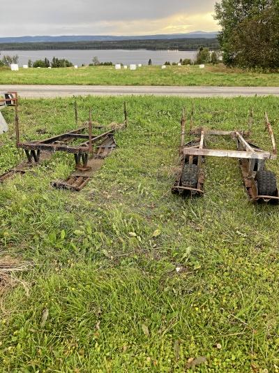 Skogis med 3 vagnar + reservdelsmaskin
