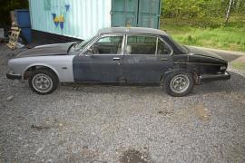 Jaguar V12 Vanden Plas