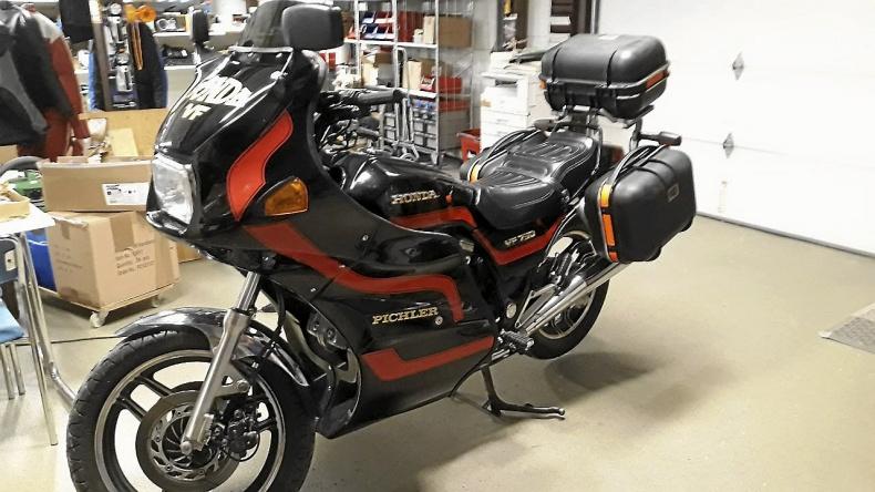 Honda VF750S Skattebefriad