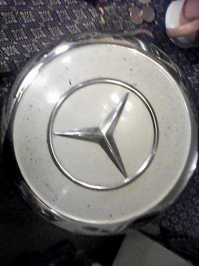 Navkapsel till Mercedes-Benz