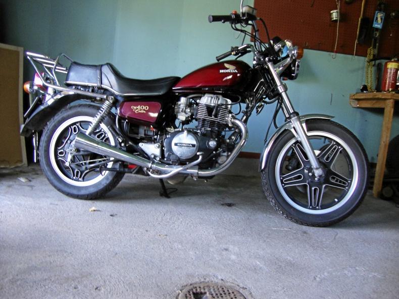 mobile_Honda CM 400