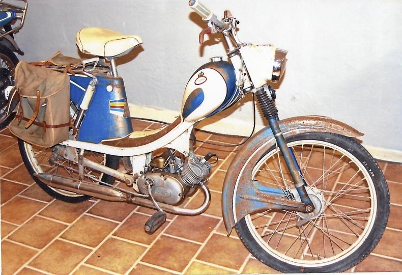 mobile_ Monark moped 1959