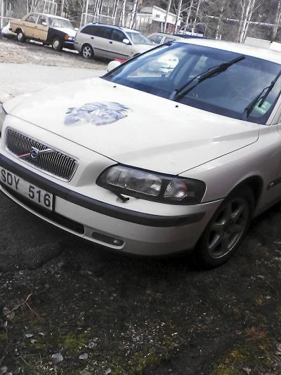 Volvo V70 S