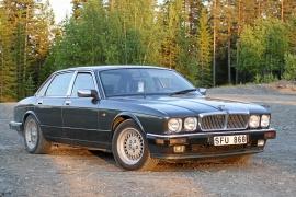 Jaguar XJ40 Sovereign