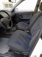 Mazda 323 toppskick
