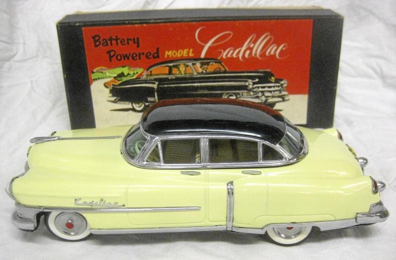 Cadillac 1951 plåtbil batteridrift