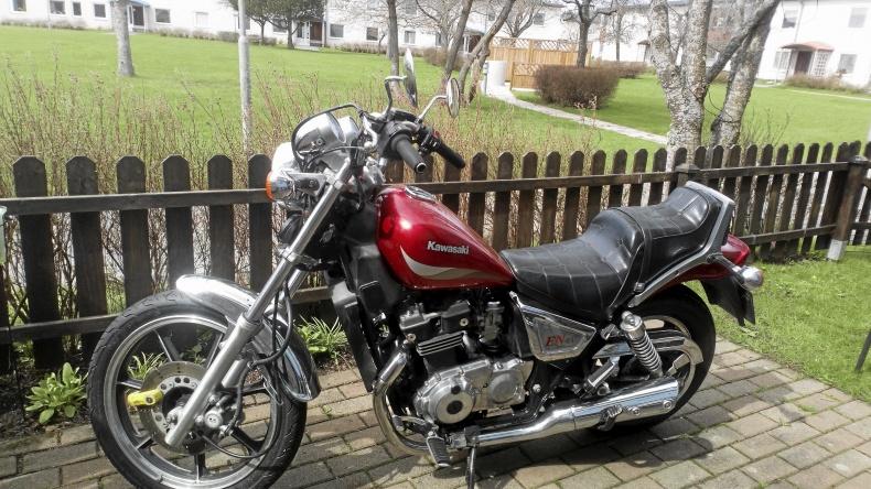Kawasaki en 400 a Twin