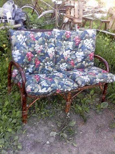 rotting soffa med dynor