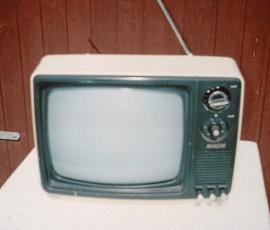 TV 12 tum svartvit