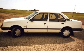 Opel Ascona 1,8i