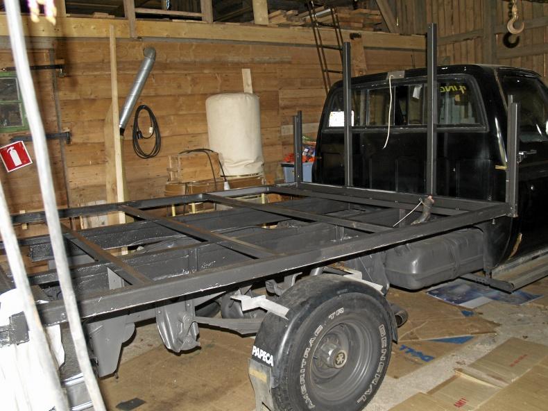 mobile_Chevrolet Silverado 6,2 automat Diesel 4x4 1982