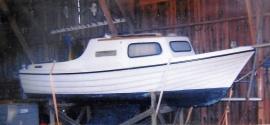 Monark segelbåt i plast