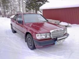 Mercedes-Benz 190 2.6 Bensin Manuell